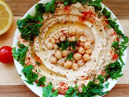 Homemade Hummus Spread