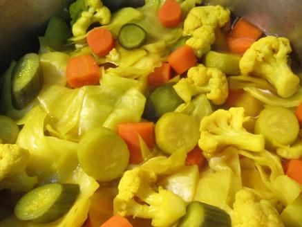 Homemade Iraqi Pickles