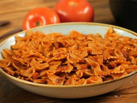 Pasta in a Simple Tomato Sauce