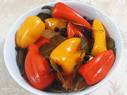 Pickled Small Peppers
