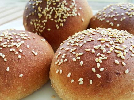 100% Spelt Flour Vegan Buns with Sesame Seeds