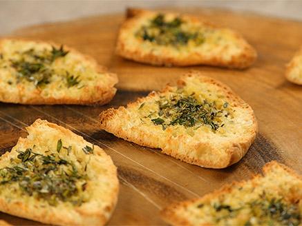 Pita Snacks with Oregano, Thyme and Garlic