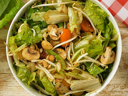 Easy Lettuce Salad