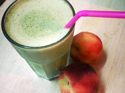 Peach and Mint Smoothie