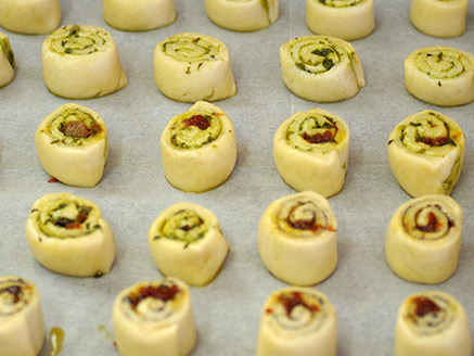 Vegan Salty Spiral Pastries with Pesto and Sun Dried Tomatoes