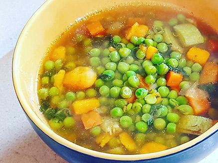 Easy Vegan Green Pea Soup