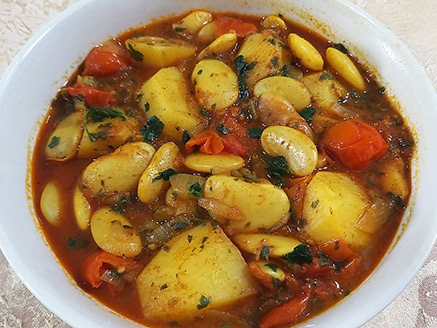 Vegan Bean Stew in Spicy Sauce