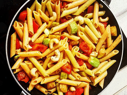 Lentil Pasta with Vegetable and Cashew