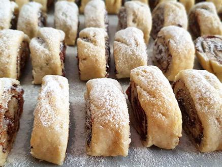 Rolled Vegan Date Cookies