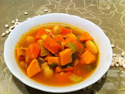 Winter Vegan Bean and Vegetable Soup