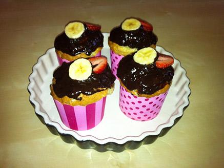 Vegan Cupcakes with Banana-Strawberry Flavor
