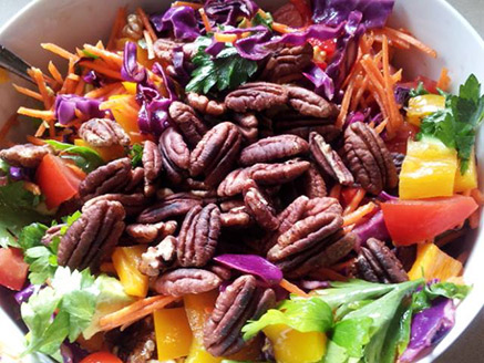 Vegetable Salad with Roasted Pecans