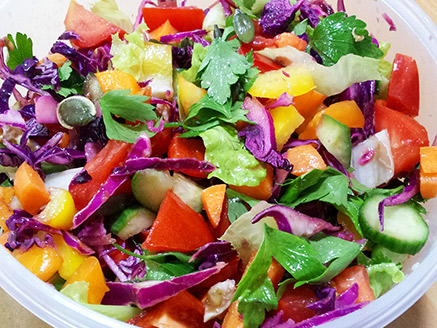 Colorful and Healthy Vegetable Salad