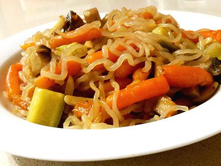 Konjac (Shirataki) Noodles with Stir-Fried Vegetables