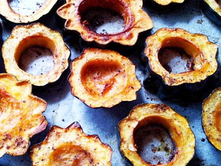 Baked Acorn Squash Slices