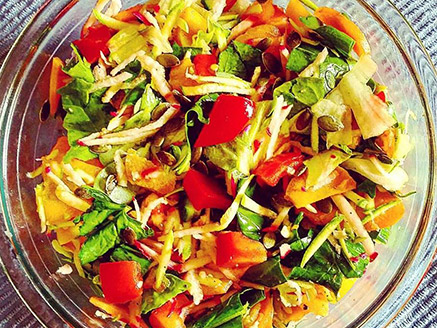 Rich Vegetable Salad with Spinach