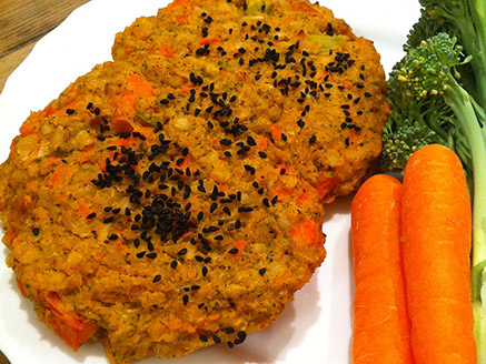 Vegan Brown Rice Burger with Broccoli and Carrot