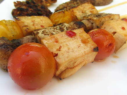 Tofu Skewers with Cherry Tomatoes in a Spicy Marinade