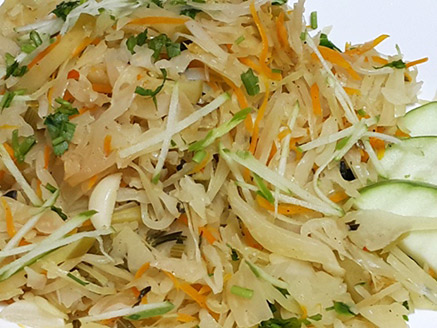 Steamed Cabbage with Apples