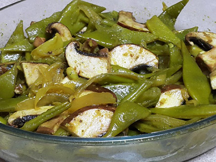 Wide Green Bean in Lemon and Ginger Sauce