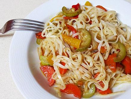 Stir-Fried Wide Rice Noodles with Vegetables
