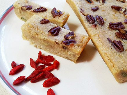 Whole Rice Pastry with Pecans and Goji Berries