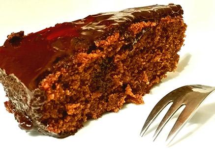 Vegan Chocolate Cream Cake