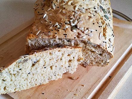 Simple and Easy White Beer Bread