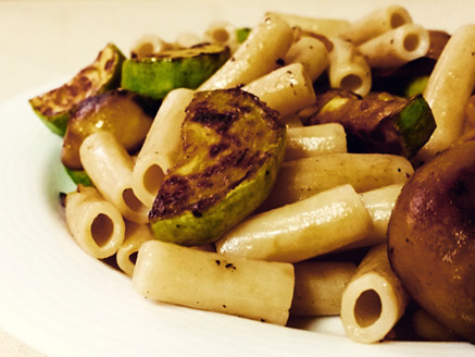 Brown Rice Pasta with Zucchini, Mushrooms and Corn