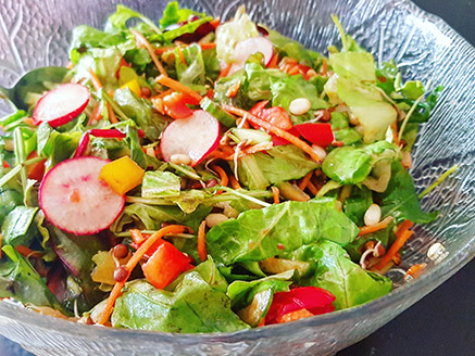 Summer Vegetables Salad with Sprouted Lentils